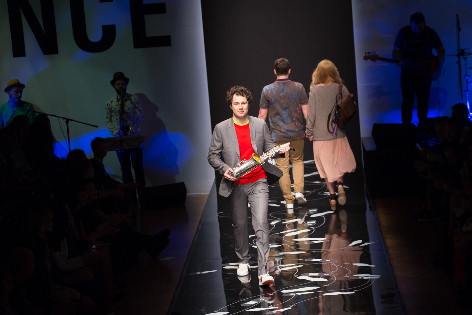 BOSCOSFASHIONWEEK: Paul Smith – Why not dance?