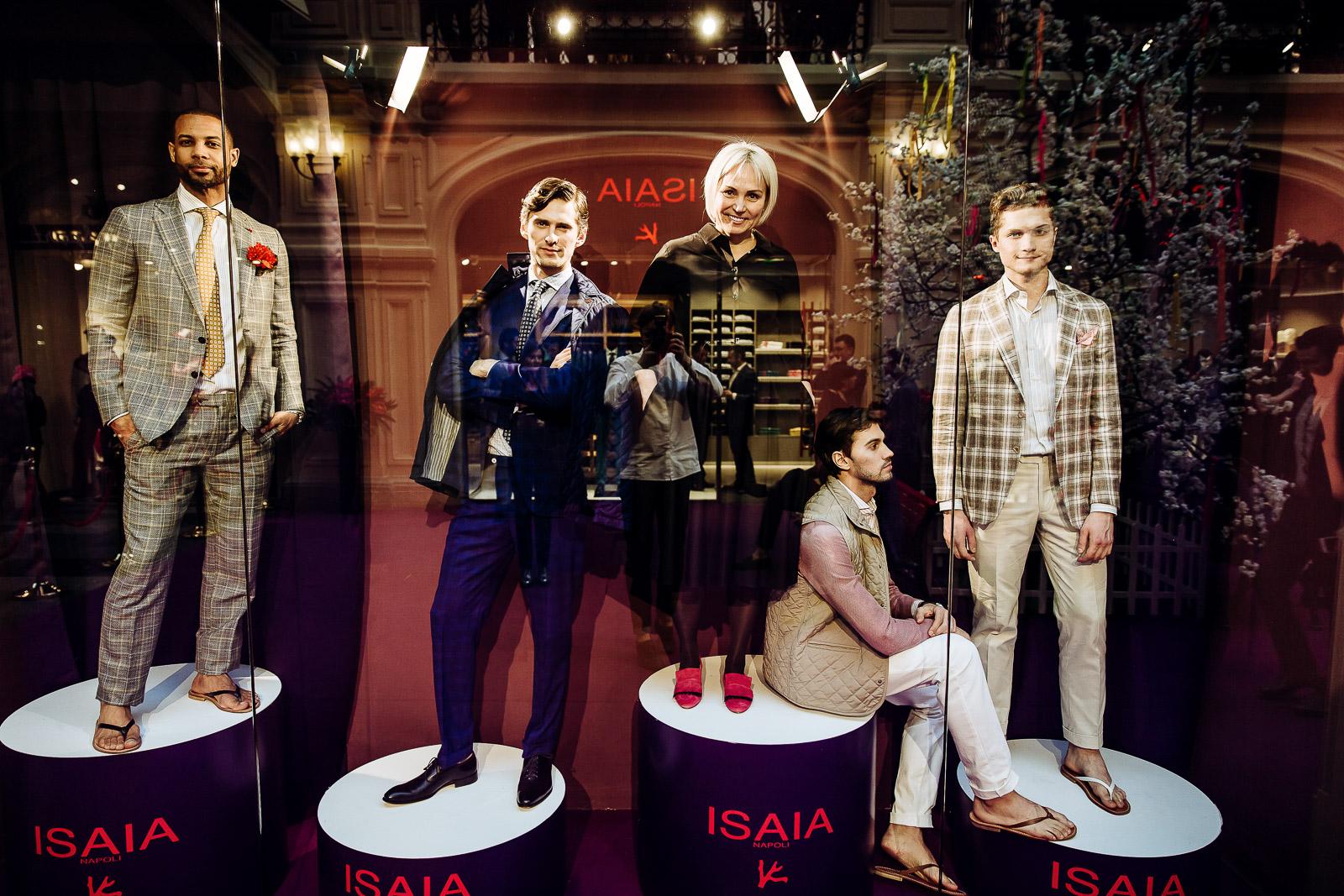 8c789196104b Открытие флагманского бутика ISAIA в ГУМе приурочено к 60-летию  неаполитанской марки