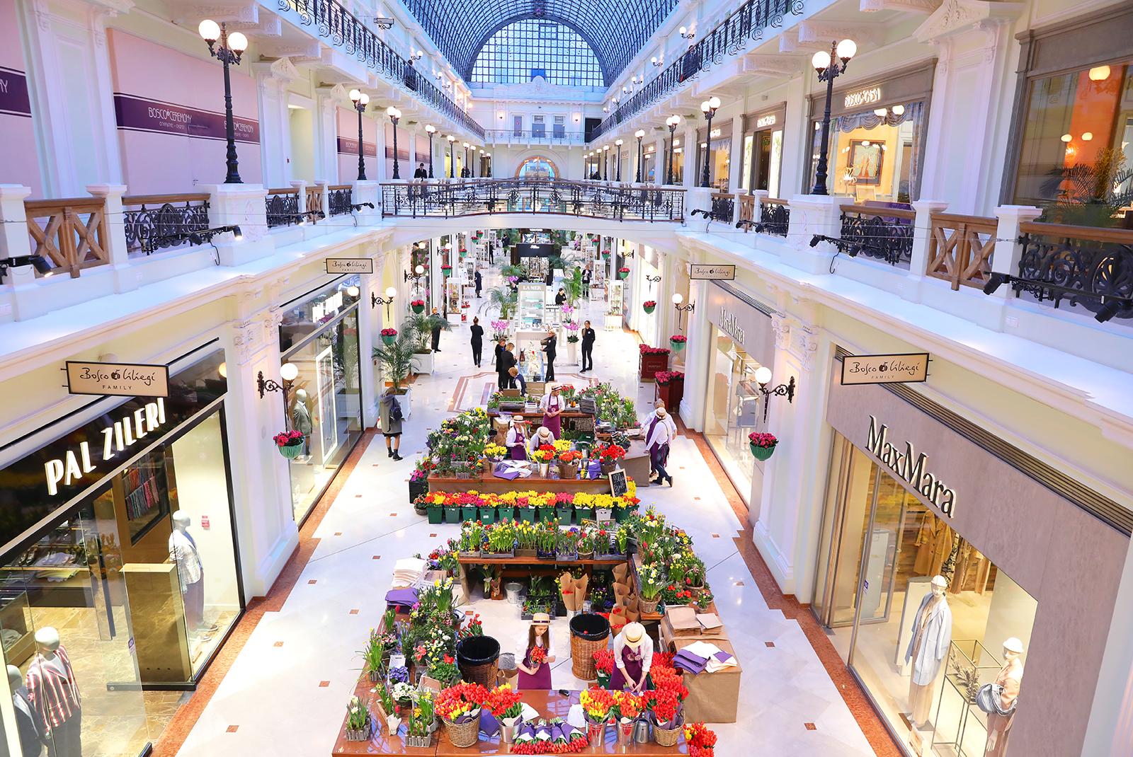Цветочный базар в Пассаже открыт! 2643d43fa5354