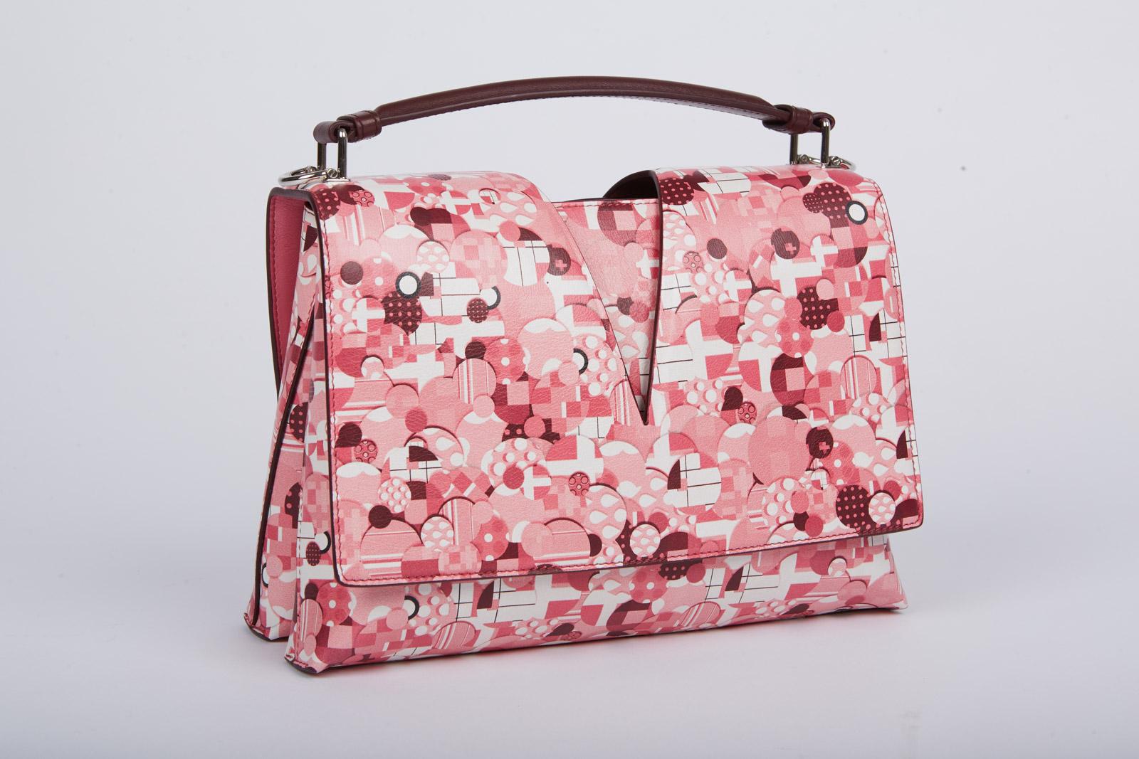 6eced0679d50 Jil Sander выпустил культовую сумку View Bag с принтом a la russe всего в  20 экземплярах