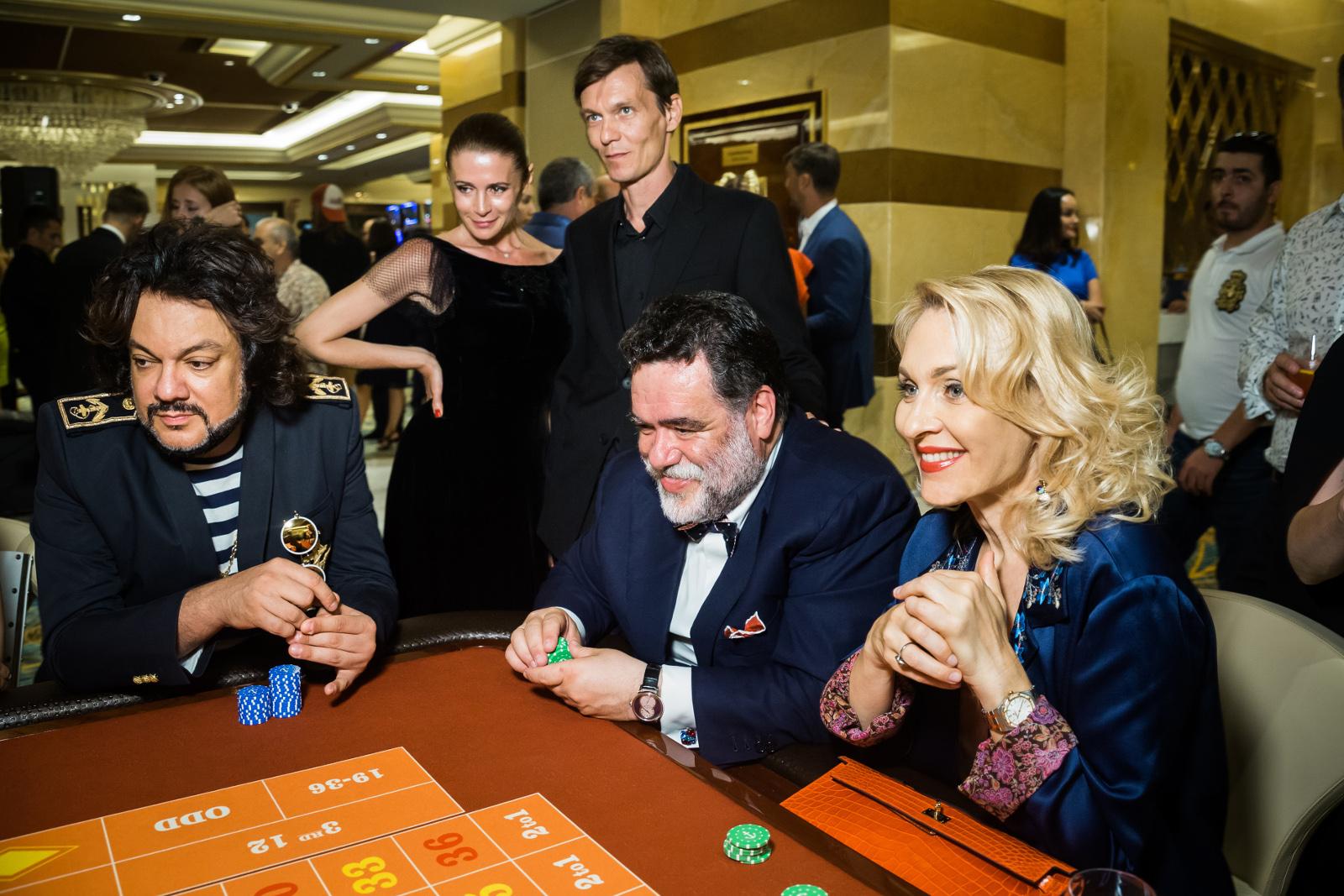 Нева-шанс санкт-петербург казино закрытие казино в москве 04 - 05.10.2006