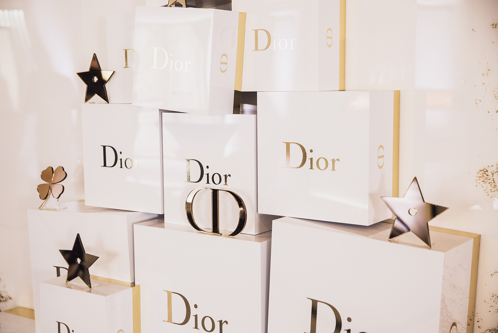 aa6c1b71cd Как это было  Рождественский коктейль в ГУМе в Институте Красоты Dior