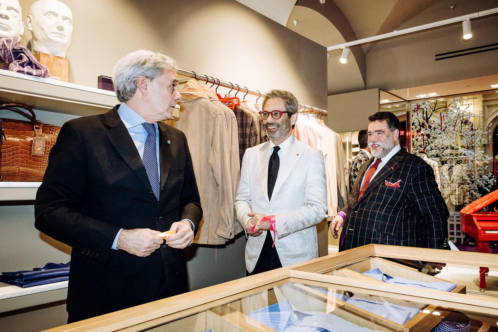 e01127d0302e5 Открытие флагманского бутика ISAIA в ГУМе приурочено к 60-летию  неаполитанской марки