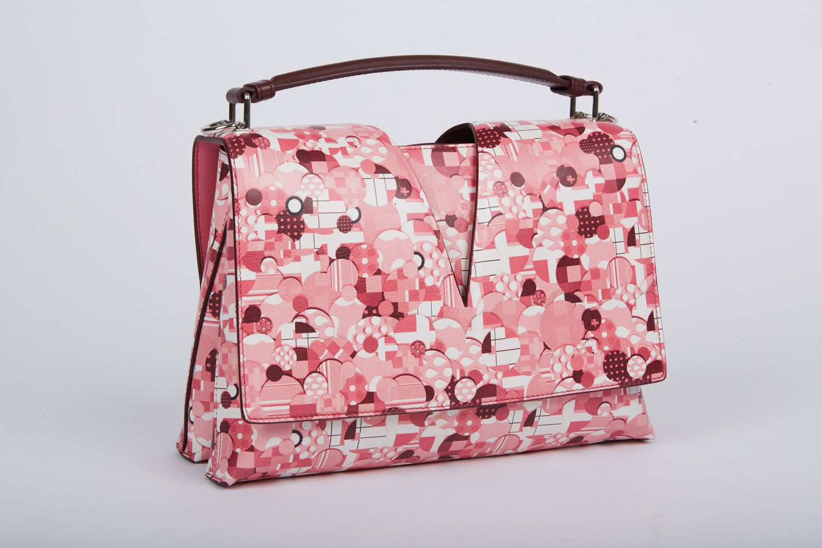 1fe72b4aae86 Jil Sander выпустил культовую сумку View Bag с принтом a la russe всего в  20 экземплярах